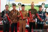 Gubernur Kalteng dan tiga bupati dianugerahi lencana emas KTNA