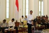 Presiden Jokowi desak menteri percepat izin usaha ekspor