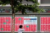 Bursa saham Tokyo dibuka lebih rendah, ikuti Wall Street