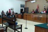 Jaksa tuntut Ahmad Yantenglie 12 tahun penjara
