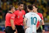 Wasit Argentina vs Brasil akhirnya buka suara terkait tudingan Messi