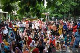 Ratusan orang tua murid protes SD di Pekanbaru akan dijadikan pasar
