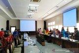 Gubernur wajib sampaikan sendiri LPj APBD 2018, kata DPRD Kalteng
