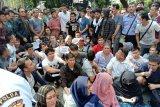 Kebon Sirih's asylum seekers need food