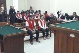 Jaksa tuntut pasangan kekasih 14 tahun penjara