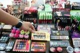 Kosmetik ilegal berbahaya jika tidak dinotifikasi BPOM