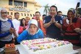 Hari ini, Wakil Gubernur Nunik genap 36 tahun