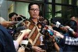 KPK temukan tas-kardus berisi uang saat geledah rumah dinas Gubernur Kepri