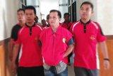 Kejari Bartim tahan mantan Sekdes Sumur terkait dugaan korupsi dana desa dan ADD