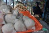 Pemberlakuan  sepuluh persen bagi penjual pempek