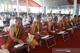 Di Borobudur, 1.000 umat Buddha baca Tripitaka