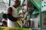 Pabrik pengemasan beras ikut stabilkan harga gabah di Blora