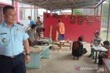Cenderamata warga binaan Lapas Banyuasin siap dipasarkan