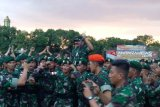 Panglima TNI mengecek kesiapan prajurit penjaga perbatasan RI-PNG