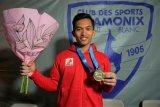 Alfian Fajri raih juara dunia panjat tebing di Prancis
