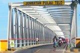 Jembatan Pulau Telo Kapuas mulai diberlakukan buka tutup satu jalur
