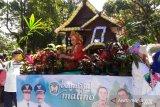 Mahasiswa dari 12 negara  ikut parade bunga Beautiful Malino
