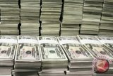 Dolar AS menurun tertekan data ekonomi suram
