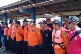 Terhempas gelombang, nelayan hilang di Pantai Lengkong Cilacap