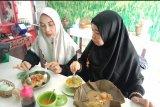 ACT-Lampung gandeng warung nasi Gandul salurkan paket nutrisi
