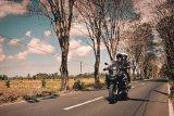Naik motor, Darius dan Donna Agnesia jelajahi Himalaya