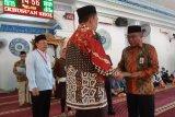 Kloter Kedua JCH Sultra Diserahkan Ke Embarkasi Makassar