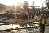 Akibat arus pendek 14 mobil terbakar , kerugian ditaksir Rp1 miliar