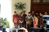 Prabowo tiba di kediaman Megawati, kenakan baju batik berwarna hijau