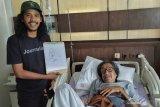 Sempat drop, seniman Jeihan Sukmantoro dirawat di RS karena kanker