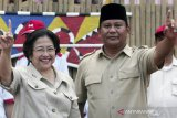 Megawati-Prabowo awali pertemuan dengan makan siang bersama