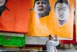 Seniman Austria gelar pameran dari spanduk kampanye Pemilu 2019