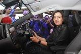 Pensiun jadi menteri, Sri Mulyani ingin coba mobil listrik ini