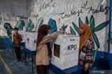 Pengamat: Jangan kembali ke  sistem pemilu yang buruk