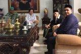 Megawati menerima kunjungan KH Maimun Zubair