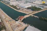 Tak lama lagi Bendung Gerak Kanal Banjir Barat Semarang selesai, sudah 92 persen