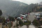 Gunung Tangkuban Perahu kembali meletus pada Kamis malam