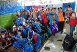 Puluhan siswa SLB antusias dengar dongeng