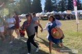 Pengunjung berhamburan ketika penembak beraksi di festival makanan di California