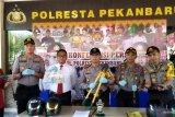 Polresta Pekanbaru bekuk komplotan rampok 14 toko Indomaret dan Alfamart
