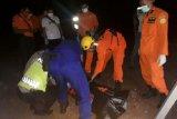 Empat pekerja tewas akibat hirup gas beracun di ruang palka kapal