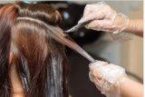 Sering mewarnai rambut tingkatkan risiko kanker payudara