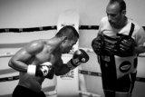 Petinju Indonesia Daud Yordan targetkan menang KO lawan Aekkawee