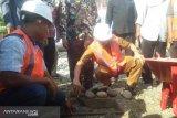 Hendrajoni letakan batu pertama, kantor Camat Pancung Soal mulai dibangun