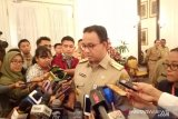 Anies sebut udara Jakarta penuh polusi dampak dari musim panas