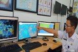 BMKG: Peringatan dini gelombang tinggi tidak berkaitan dengan gempa