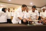 Pemkot Makassar mewajibkan ASN donor darah