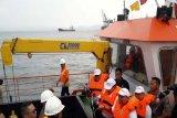 Lampung canangkan laut bersih dan resmikan kapal pembersih sampah kapasitas lima ton