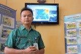 Waspadai gelombang empat meter di perairan Sulawesi utara