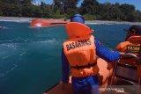 Nelayan Karimun terseret gelombang sampai Malaysia