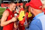 James Milner diperkirakan pulih bela Liverpool hadapi Norwich